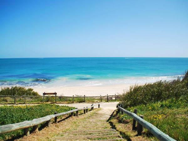 cottesloe beach backpackers ocean beach backpackers
