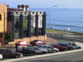 ocean-beach-hotel-perth
